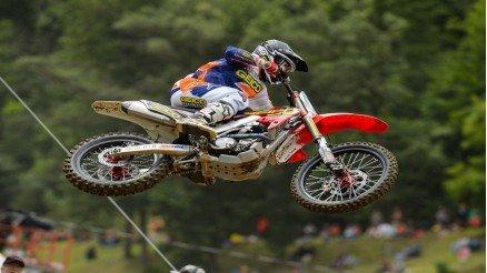 Kontrollü İniş Motocross Duvar Kağıdı