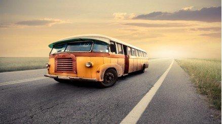 Tarihi Sarı Okul Otobüsü Duvar Kağıdı
