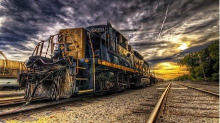 Yorgun Tren Duvar Kağıdı