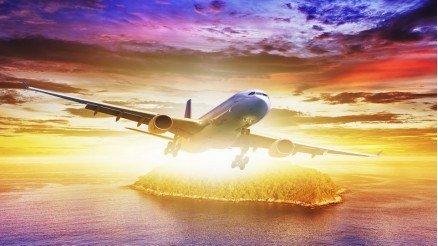 Suyun Üzerindeki Uçak Duvar Kağıdı