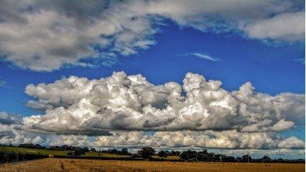 Bulutlar Duvar Kağıdı