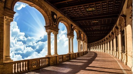 Gökyüzü ve Sütunlu Balkon Duvar Kağıdı